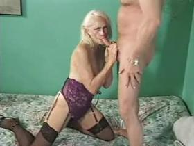 Horny mature in lingerie likes to fuck doggy style