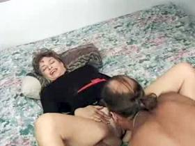 Mature housewife greedily sucking erect dick