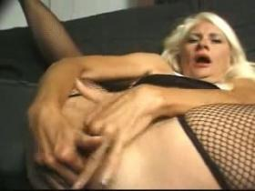 Old nasty whore getting her greedy mouth fucked