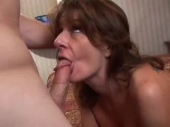 Sexy titty milf showing master class in blowjob