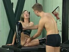Depraved mature babe cant get enough fistfucking