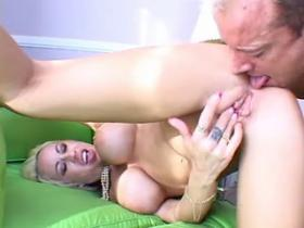 Bombshell milf fucks brains out and gets mouthful