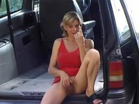 Mature in red dress sucking and fucking in a car